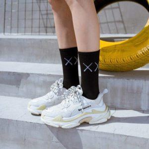 1 Pair New Men Cotton Sports Socks Breathable Compression Long Solid Black White Socks Summer Winter Tube Socks
