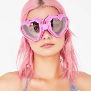 Cyberpunk Heart Shaped Goggle Sunglasses One Piece Women Sunglasses Oversized Gradient Lens Brand Designer Eyeglasses