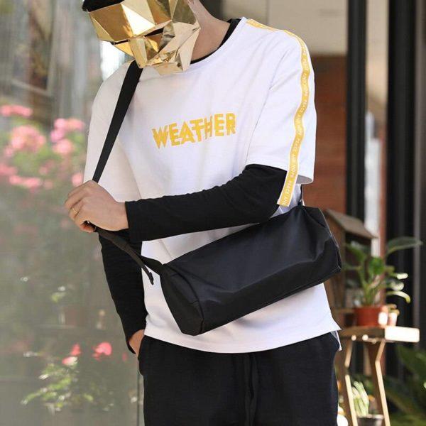 Solid Black Casual Minimalist Style Crossbody Bag